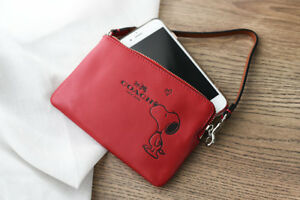 COACH X PEANUTS Snoopy Kiss Zip Wristlet RED Leather Wallet Purse Bag, Gift Box!