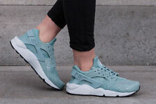 WOMENS NIKE AIR HUARACHE RUN PRINT SIZE 5.5 EUR 39 (725076 006) CANNON GREEN