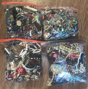 20lbs Jewelry Lot Vintage-Modern Wearable & Scrap - Fashion & Watches LC HUGE