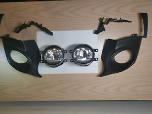 Lexus IS300h/250 Front Bumper 2x Led Fog Lights With Brackets