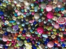 GLASS AND ACRYLIC BEADS 6-20 MM ASSORTED STYLES AND COLORS 500 CHARMS, SPACERS
