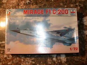 Maquette avion 1 : 72   DASSAULT  MIRAGE  F1 C200         ESCI