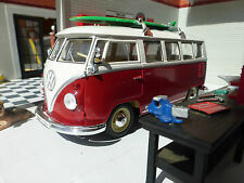 VW Split 1963 T1 Camper Surfer Bus 1:24 Scale Diecast Detailed Model 22095 Welly