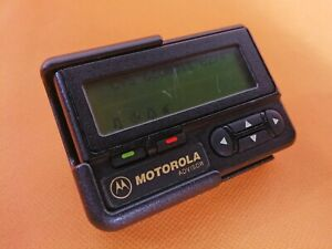 VINTAGE MOTOROLA RARE BLACK PAGER BEEPER BACKLIGHT VERY GOOD WORKING CONDITION