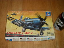 WW#2, USA, F-4U-7 CORSAIR Navy Fighter Plane, Plastic Model Kit, Scale 1/72