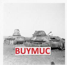 Foto  russische beute panzer mit balkenkreuz     7,4,16 7