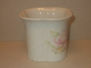 Royal Winton Coloroll Ceramic Planter with Floral Design - Lovely