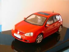 VW VOLKSWAGEN GOLF V ROUGE 5 PORTES AUTOART 1/43 ROT RED ROSSO  LHD