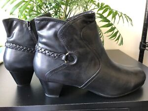 Woman's Wide Size 13 Ankle Black Leather Upper Zipper Boot W/Buckle