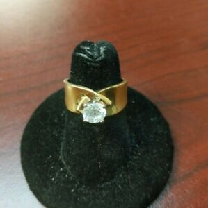 Round Cut Solitaire Engagement Ring Solid 14K Yellow Gold, Size 5.75, 5.6 grams