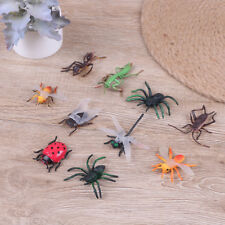 10 Assorted figure realistic bugs plastic insects kisd party bag filler G*Hv