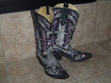 Corral Boots customized with Gemz - Lightly used in Display -  Size 5.5 M