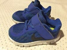Kids boys Nike trainers shoes size 4.5 infant