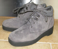 Hush Puppies Beverly Scotchgard Suede Leather Womens Ankle Boots Gray Sz 9M
