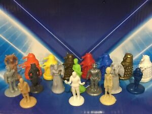 DOCTOR DR WHO - MINI FIGURES -  DALEKS ANGELS CYBERMEN & MORE  - TOY CAKE