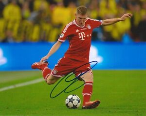 Bastian Schweinsteiger Signed 8x10 Photo FC Bayern Munich Autographed COA