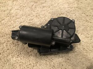 06-17 ACADIA ENCLAVE OUTLOOK REAR HATCH TAIL GATE TRUNK LID LATCH ACTUATOR