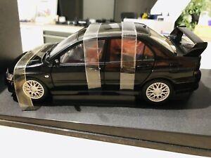 77163 1/18 Autoart Mitsubishi Lancer EVO VII Street Car Black, new