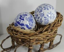 1 Pair Chinese Jingdezhen Blue and White Porcelain Decorated Flower Ball Set
