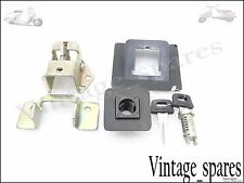 VESPA BRAND NEW SEAT LOCK SET PK50  /T5  /125 S /ETC