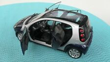 Kyosho Smart ForFour Coupe Star Blue blaumettalic 1:18