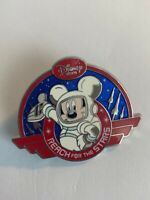 Disney Store 2008 Reach For The Stars Variation Mickey Mouse Disney Pin (B6)