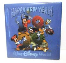 WALT DISNEY WORLD HAPPY NEW YEAR 1999 NON-WORKING LIGHT UP PIN BACK BUTTON