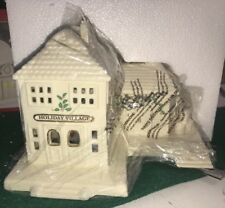 Lenox Christmas Village ~ Train Station ~ Lighted Building ~ Brand New In Box