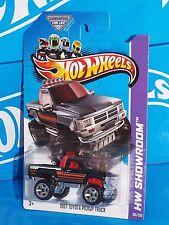 Hot Wheels 2013 HW Hot Trucks 1987 Toyota Pickup Truck Black 4x4