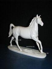 +# A015453_08 Goebel Archivmuster, D. Brindley Pferde, 32-368, Pferd, Bisquitp.