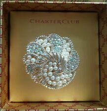 CHARTER TONE PLASTIC PEARL CLEAR SWIRL PIN BROOCH. NEW WITH DEFECT.