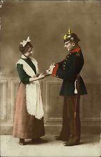 1915 Stempel Freiberg Sachsen auf Feldpostkarte Soldat mit Pickelhaube und Frau
