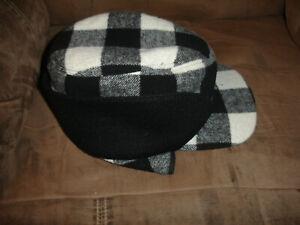 Woolrich Plaid Black & White Wool Trapper Ear Flaps Fudd Hat Large