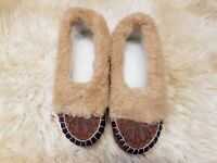 Ladies Womens Natural Leather Wool Slippers Moccasins All Size Free Postage New