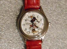 Disney Minnie Mouse girl quartz wristwatch running