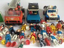 Lot de playmobil Voitures camions personnages et autres voir photos
