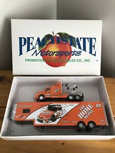 Tony Stewart #20 Home Depot 1/64 Peachstate Motorsports NASCAR Racing Hauler