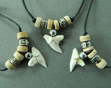 Collar de Diente De Tiburón X 3 Piezas Tiburones Dientes Madera Grano De Color Plata para Chicos Hombres