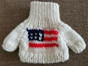 Unipak Designs Bear Patriotic Red Blue American Flag Cream Knit Wool Sweater