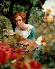 SUSAN HAMPSHIRE hand-signed LOVELY 8x10 OUTDOOR COLOR PORTRAIT w/ uacc rd COA