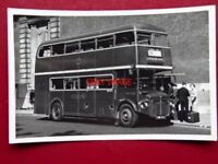 PHOTO  LONDON TRANSPORT GREENLINE ROUTEMASTER  BUS NO RMC1502 AT VICTORIA 28/5/6