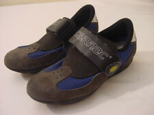 CARNAC CYCLING SHOES WITH CLEATS - MEN'S SIZE 6
