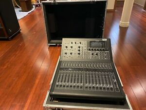 MIDAS M32R LIVE 40 Input Channel Digital Mixing Console w/ Case