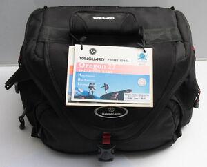Vanguard Oregon 27 Camera Shoulder bag Fits DLSR and Lenses - NEW Old Stock S15