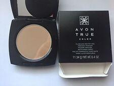 Avon True Color Flawless Mattifying Pressed Powder Medium Deep