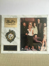 Buffy The Vampire Slayer - Cast Shot (on plaque) (good as new)