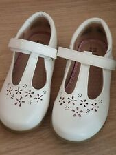 Girls White Shoes Size 10