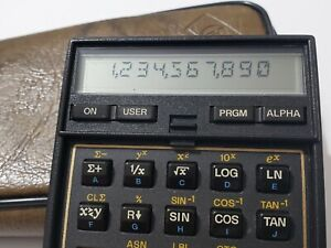 Vintage HP 41CX Hewlett Packard Calculator in good condition.