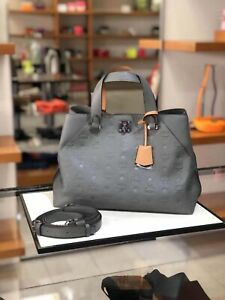 Last One! AUTH NWT $950 MCM LARGE ESSENTIAL TOTE