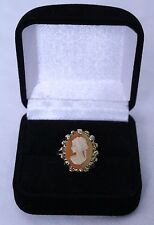 Antique Victorian Cameo Ring Signed 18Kt HG yellow gold 4.2 grams size 6